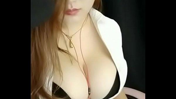 Natural Big Tits Webcam